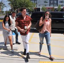 charlie puth jeans charlie puth online on twitter unseen charlie outside his hotel