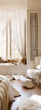 Best  French Bedroom Decor Ideas On Pinterest French Inspired - Country decorating ideas for bedrooms