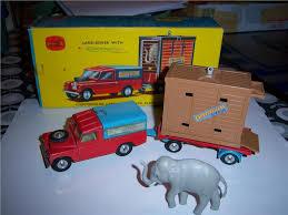 land rover corgi annons på tradera land rover with corgi toys corgi toys