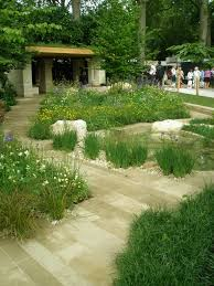 the chelsea flower show of 2014 contemplating the biggest pop up