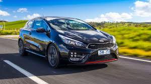 renault megane sport coupe sporty hatch comparison kia pro cee u0027d gt v hyundai veloster sr