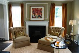 selecting paint colors for small living room
