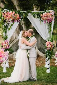 wedding flowers hawaii dillingham ranch oahu wedding burnett s boards wedding inspiration