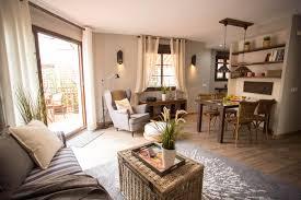 Schlafzimmer Fotos Picasso Garten Dachgeschoss 1 Schlafzimmer Wohnzimmer Küche