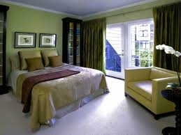 green color schemes for bedrooms