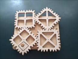 Free Wood Gear Clock Plans by Bajek Oktober 2014