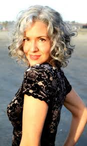 hairstyles for thick grey hair sara davis eisenman silver hair can be sexy grace in aging