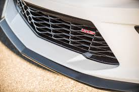 camaro badge 2017 chevrolet camaro ss 1le badge 01 motor trend