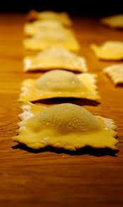 cuisiner les morilles raviolis maison morille fraîche ricotta ou de la folie en cuisine et