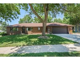 710 brentwood dr pella ia des moines real estate houses iowa