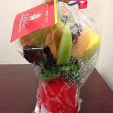 fruit arrangements delivered edible arrangements 19 reviews gift shops 3304 west