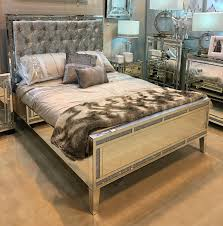Laminated Timber Floor Queen Size Mirror Bed Frame With Tufted Upholstered Headboard And