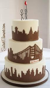 wedding cake ny you could do a ny boston skyline on 1 tier and a dublin skylin on