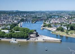 Baden Im Rhein Suchen Sie Eine Rhein Kreuzfahrt Jetzt Bei Phoenix Reisen Buchen