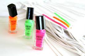 diy nail polish painted fringe handbag giveaway the storibook
