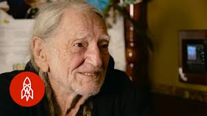 Willie Nelson Backyard Willie Nelson Is Ready To Share His Pot With You Youtube