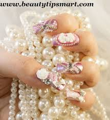 artificial nails that look natural for brides on wedding day