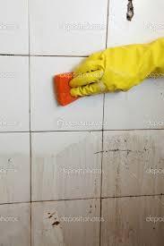 How To Clean Bathroom Floor Tile Marvelous Cleaning Dirty Bathroom Tiles Within Bathroom Ceramic
