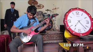 world record world u0027s fastest guitar player 1600 bpm youtube