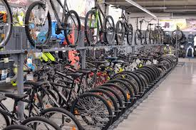 can you ride a motocross bike on the road how to pick the best hybrid bicycle for both men and women