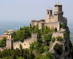 rent a in italy castles in italy castle stays in italy castle for rent