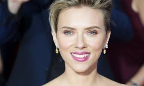 scarlett johansson debuts new tattoo on u0027the tonight show with