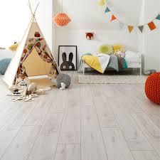 Laminate Floor Repair Paste Wembury Coconut Oak Laminate Flooring Woodpecker Flooring