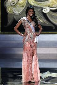 imagenes miss universo 2013 she s beauty and she s grace miss universe 2013 suffers her