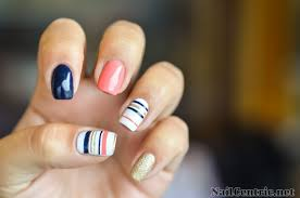 nail art with striping tape tutorial