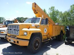 Ford F700 Hood And Fenders - 1985 ford f700 bucket truck item da1699 sold september