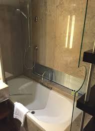 hotel review intercontinental berlin travelsort intercontinental berlin bathtub shower combo