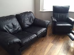 Navy Leather Sofa by Navy Leather Sofas Two 2 Seater And Two Single Chair One Has A