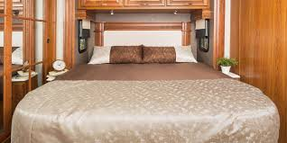 What Is The Measurements Of A King Size Bed 2017 Seneca Class C Motorhomes Jayco Inc