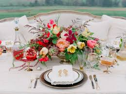 flower arranging for beginners our top wedding flower tips