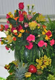 Flower Arranging For Beginners Flower Arrangement In A Watermelon Craft Ideas Pinterest