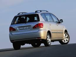 toyota avensis verso specs 2001 2002 2003 autoevolution