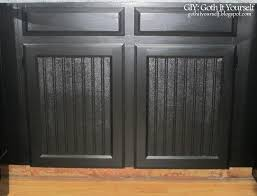 Beadboard Kitchen Cabinets Diy - giy goth it yourself kitchen makeover cabinet toekicks