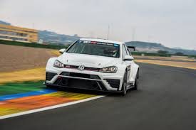 vw golf gti tcr puts the gti clubsport on the race track fun map