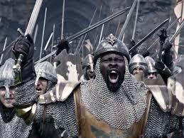 king arthur legend of the sword u0027 trailer debuts at comic con