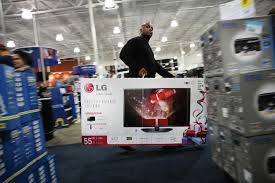 black friday 55 inch tv deals brawls erupt in stores open on thanksgiving ny daily news