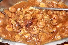cuisiner une cuisse de dinde en cocotte cuisse de dinde aux champignons de brik a brak de marsu