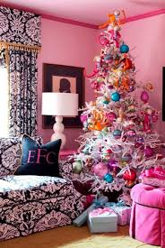 Christmas Decoration For A Living Room by 25 Creative And Beautiful Christmas Tree Decorating Ideas