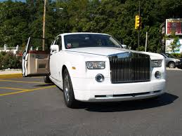rolls royce limo price 2009 rolls royce phantom information and photos zombiedrive