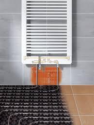 fußbodenheizung badezimmer fußbodenheizung oder heizkörper renovieren de