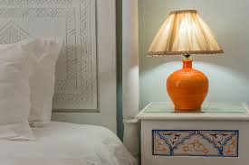 How To Check For Bed Bugs At Hotel Bed Bug Signs To Look Out For When Staying In A Hotel Travel