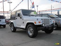 white jeep sahara 2 door 1998 stone white jeep wrangler sahara 4x4 19086912 photo 2