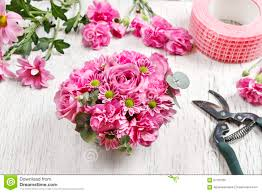 How To Make Floral Arrangements Step By Step How To Make Floral Arrangement Table Centerpiece With Rose Ca