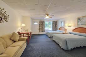 2 floor bed cromwell harbor motel accommodations rooms