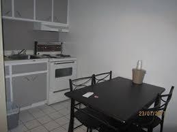 chambre d hotel avec cuisine cuisinette photo de hotel universel québec ville