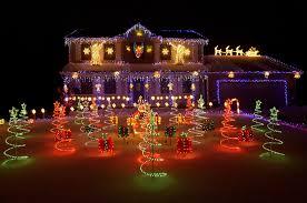 who u0027s got the best neighborhood christmas light display in the